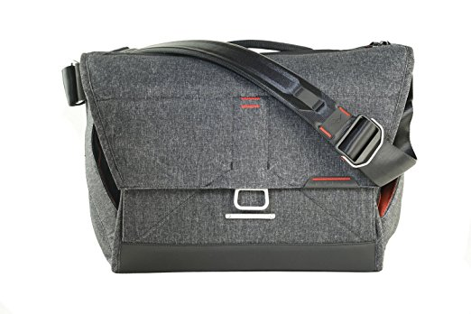 Peak Design Everyday Messenger Bag 1