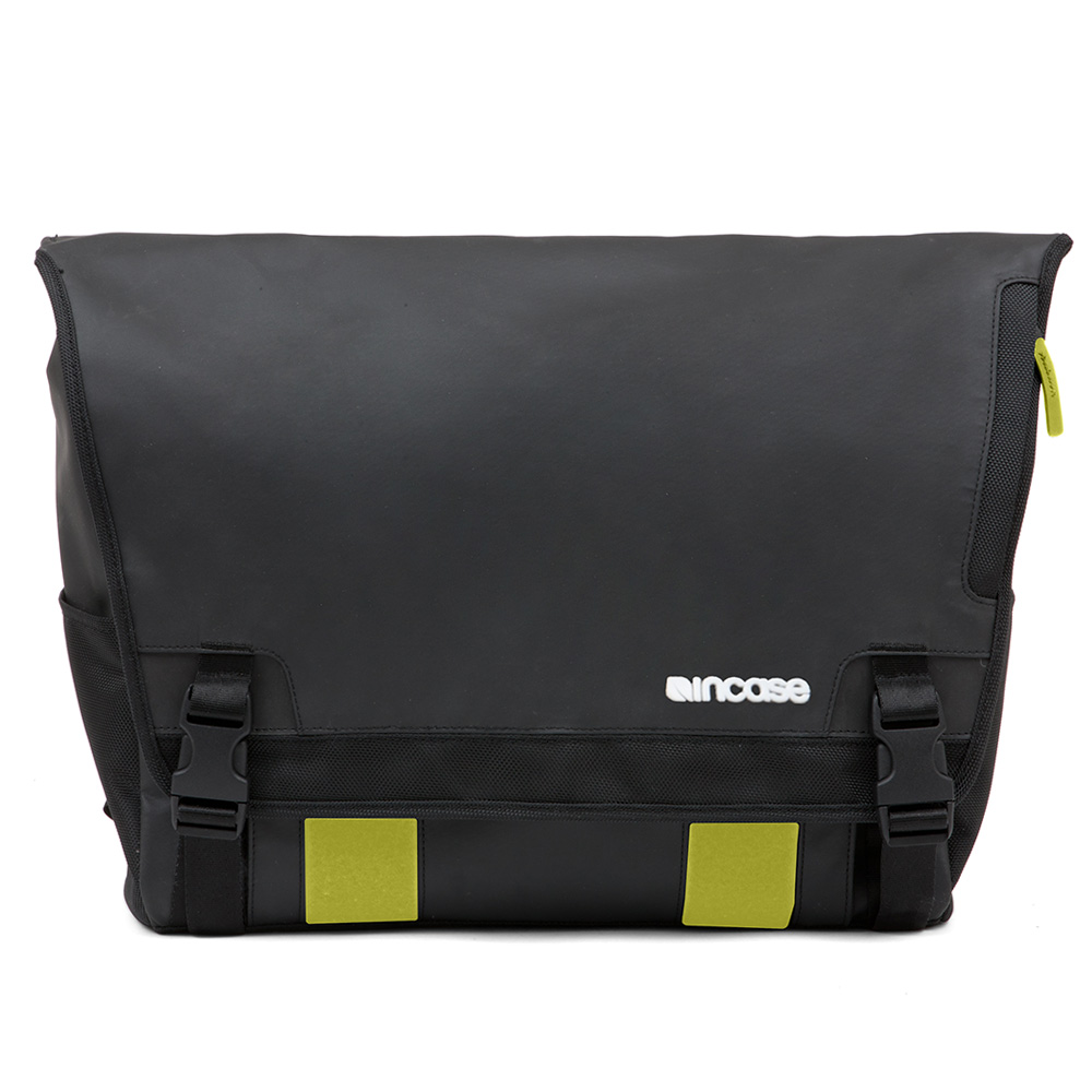 Incase Range Messenger Large Black Lumen 1